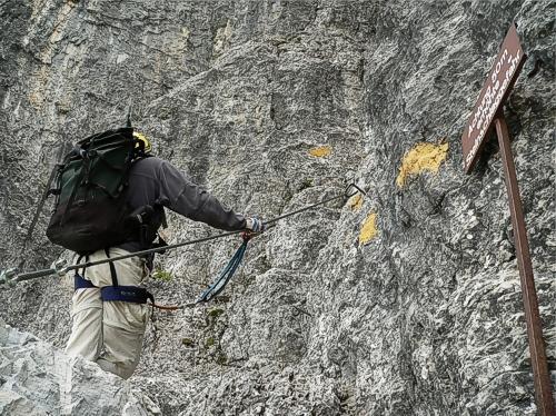 Einstieg am Klettersteig Elferkofel Nordwand