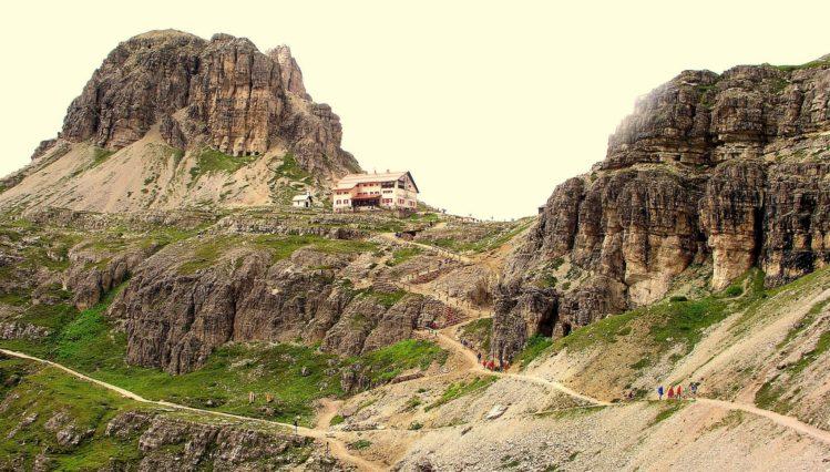 Die Drei Zinnen Hütte