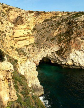 Die Bucht der Blue Grotto auf Malta