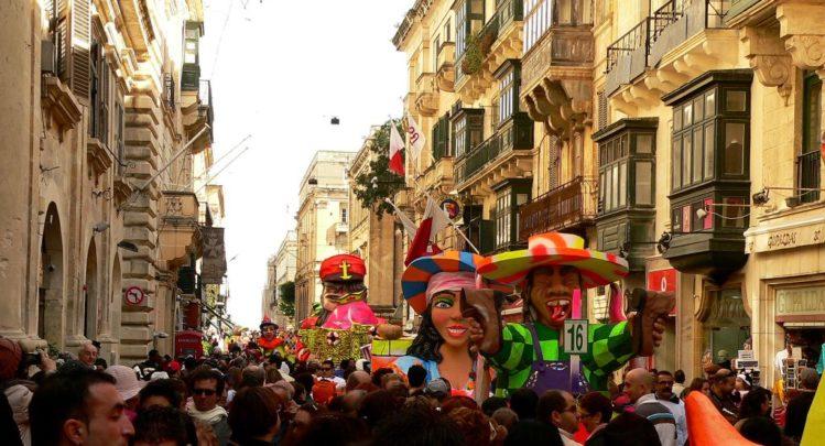 Karnevaltruck in Valletta auf Malta