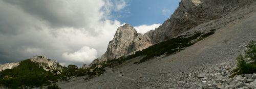 klettersteig_oetk-steig_koschutnikturm_gewitter