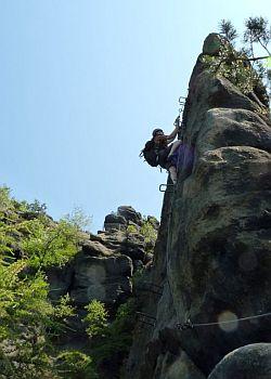 klettersteig-alpiner-grat-aussichtsplattform-grosse-gasse-500