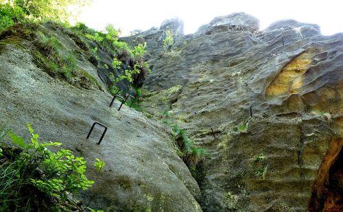 klettersteig-alpiner-grat-einstieg-eisenkrampen-500