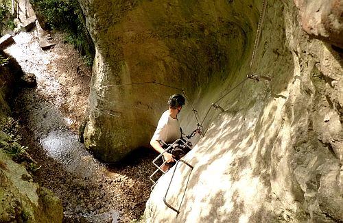 der Einstieg zum Klettersteig Sentiero Attrezzato Rio Sallagoni