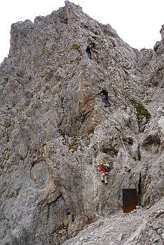 Der Einstieg zum Innsbrucker Klettersteig nach der Bergstation am Hafelkar