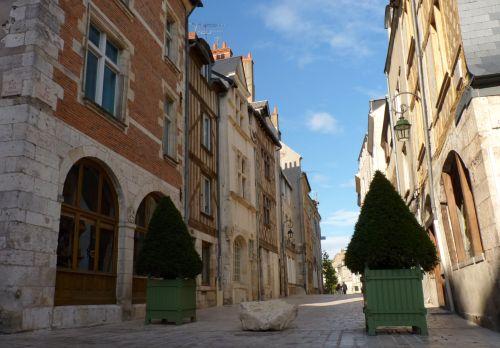 Eine Seitengasse die Rue de la poterne in Orleans