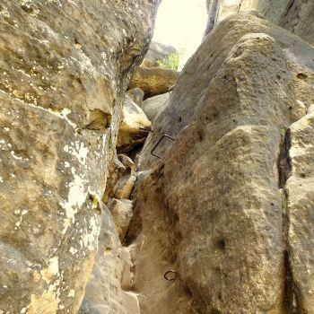 Eisenkrampen und Eisentritte an der Rübezahlstiege