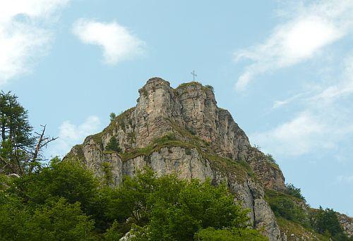Gipfelkreuz auf dem Monte Casale am Klettersteig Che Guevara