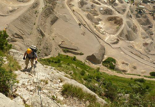Steinbruch in Pietramurata vom Klettersteig Che Guevara