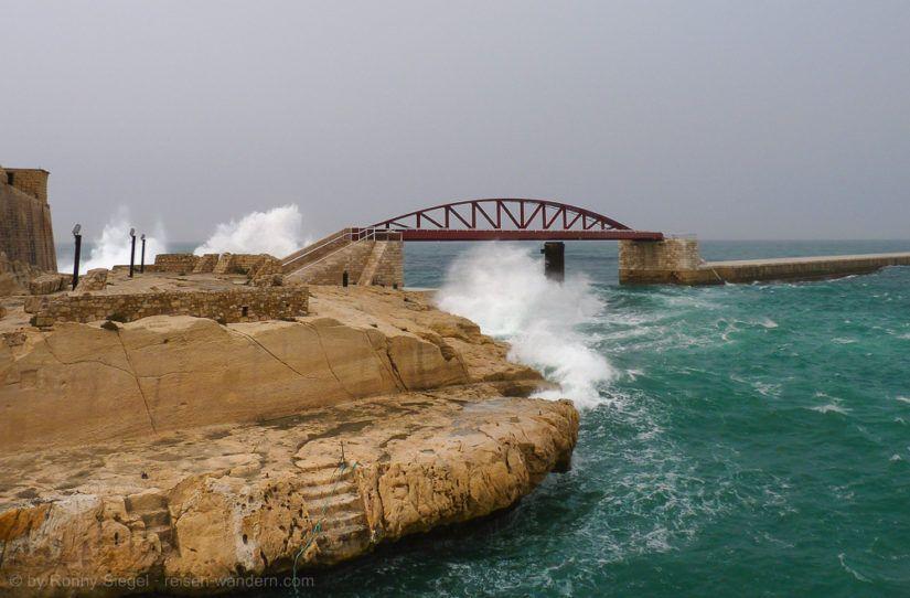 Uferpfad in Valletta auf Malta