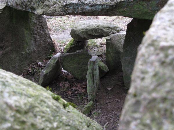Reisetipp: Großsteingrab bei Lohme auf Rügen