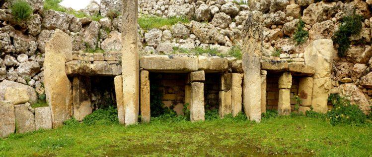 Ggantija Tempel auf Gorzo - Nahaufnahme Tempelbereich