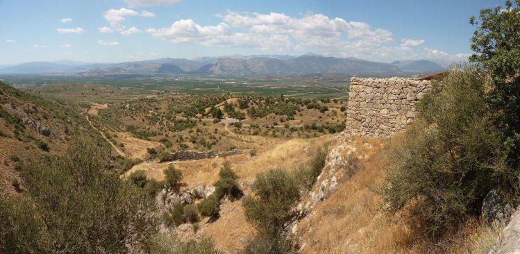 Mauern und Blick auf Ebene von Argos von Mykene