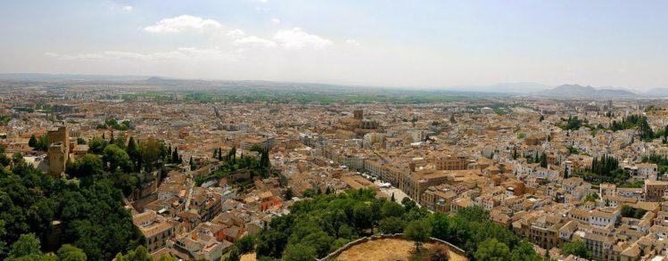 Blick auf Granada vom Alcazabar der Alhambra