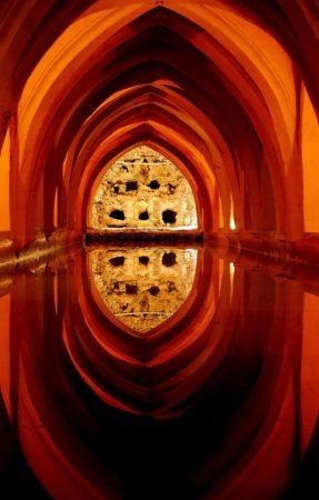 Katakomben mit Wasserklimasystem im Alcazar von Sevilla