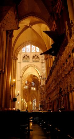Seitengang in der Kathedrale von Toledo