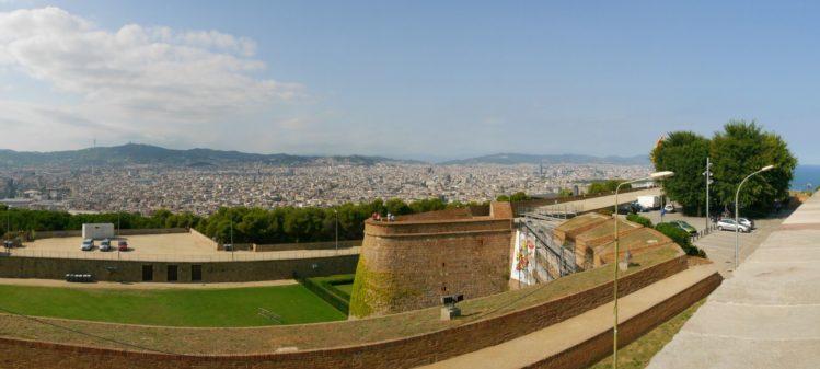 Blick auf Barcelona vom Montjuïc Castle