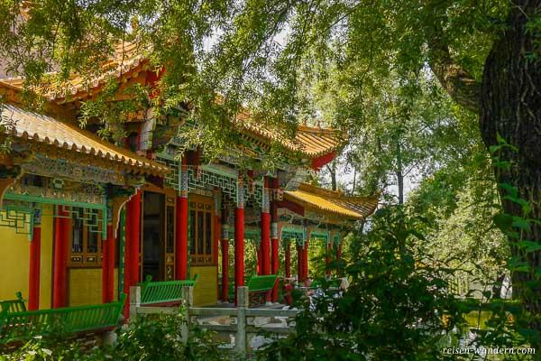 Terrasse des Wasserpalais im Chinagarten