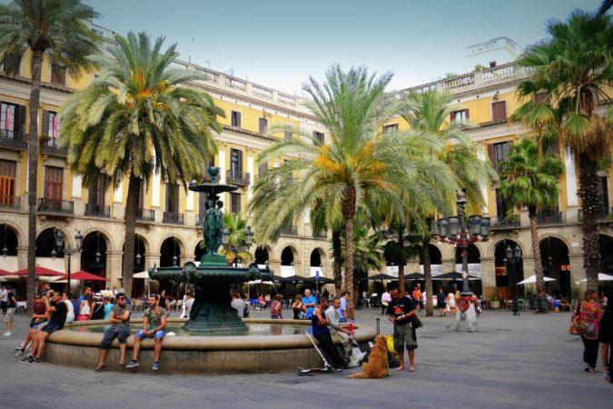 Barcelona - La Rambla - Placa Reial