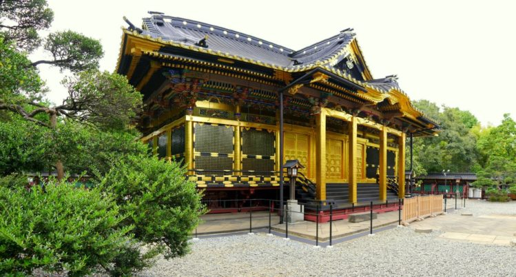 Tempel im Ueno Onshi Park Shinobazunoike
