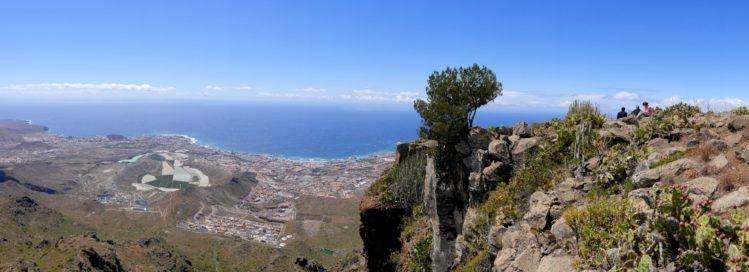 Küstenlinie im Süden von Teneriffa vom Roque del Conde
