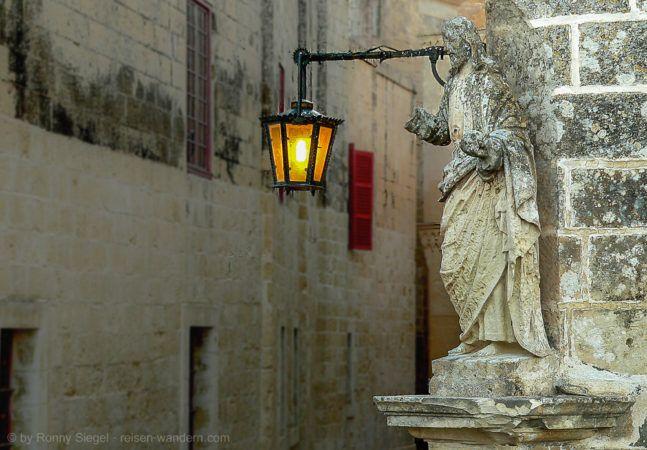Statue in Mdina auf Malta