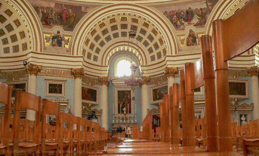 Inneres des Dom von Mosta auf Malta