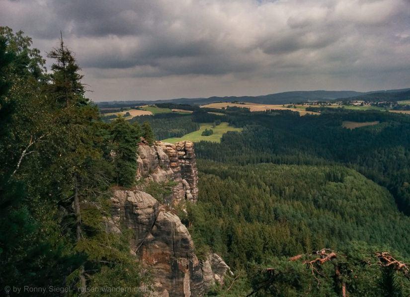 Foto: Blick in die Sächsische Schweiz vom Schmilkaer Kessel