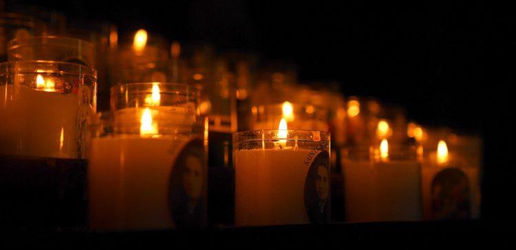 Kerzen in der Kathedrale von Rouen