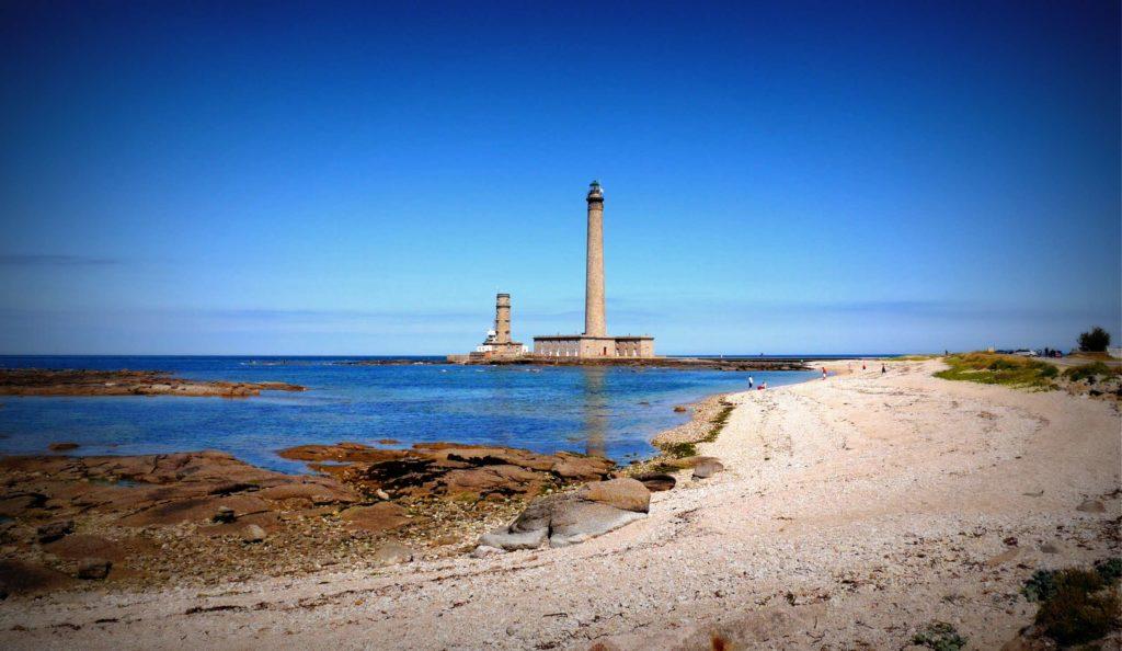 Foto: Leuchtturm am Meer in Frankreich