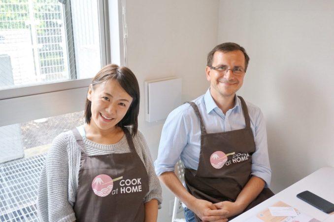 Meine Gastgeberin und Meisterköchin und ich bei dem Kochevent.