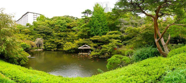 Panorama vom japanischen Garten Happo-en