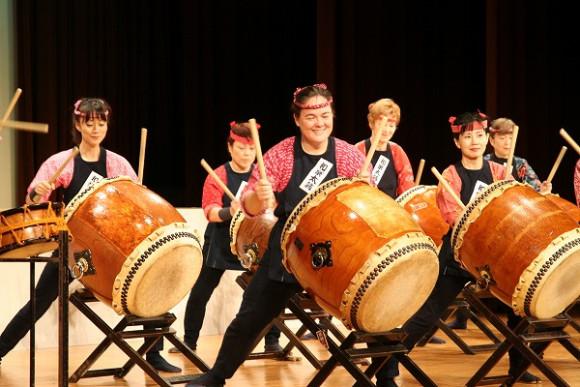 Auf Taiko Drums zu trommeln möchte ich unbedingt mal ausprobieren, auch wenn ich kein Profi werden möchte :)