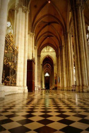 Seitenflügel der Kathedrale von Amiens