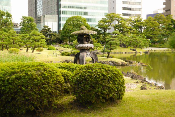 Japanische Steinlaterne Yukimi-no-toro