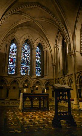 Altar in einem Seitengang in der Christ Church Cathedral in Dubli