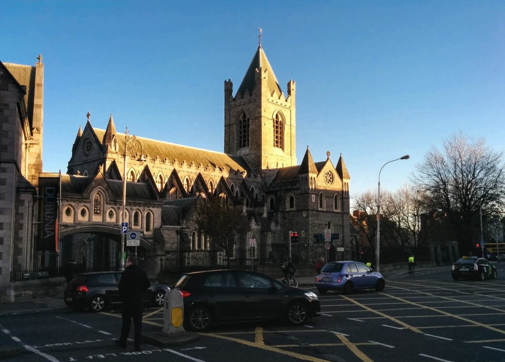 Außenansicht der Christ Church Catedral in Dublin