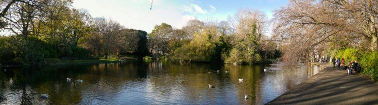 Teich im Park St. Stephens Green
