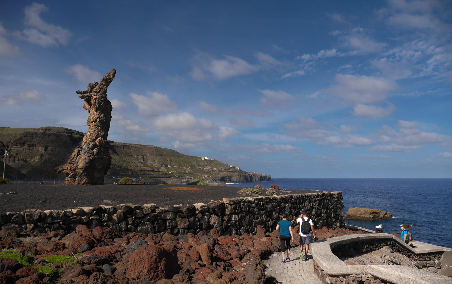 Steinfrau am Aussichtspunkt bei Tinocas