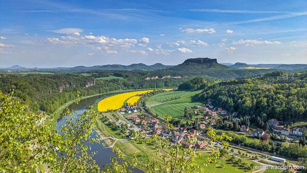 Blick von der Bastei zum Lilienstein im Sommer