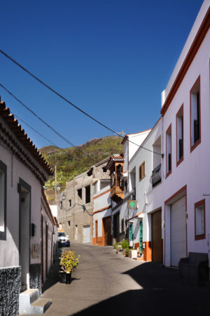 Straße in Teheda