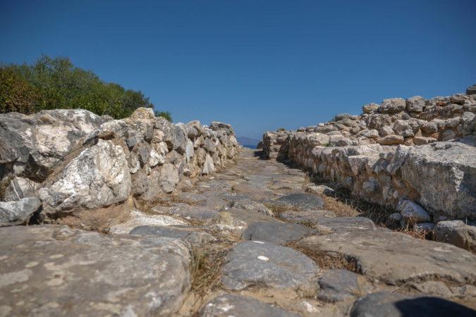 Alte Straße von den Minoern mit Kopfsteinpflaster