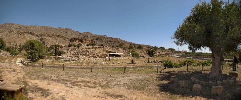 Panoramaansicht der Ausgrabungsstätte in Kato Zakros
