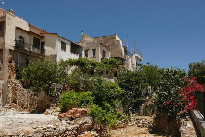 Häuser und Ausgrabungsreste in Chania