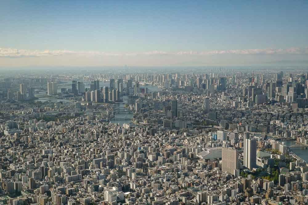 Blick auf Nihombashi und Bucht von Tokio