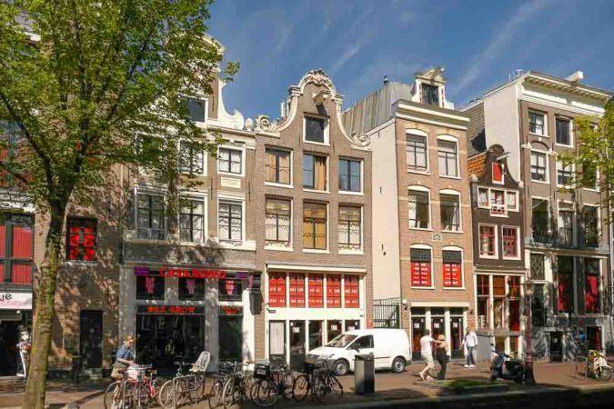Straße mit Bordellen in Amsterdam