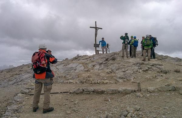 Gipfelkreuz vom Massiv des Lagaccio