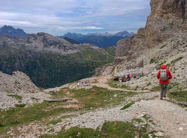 Beginn des Abstiegs am Via Ferrata degli Alpini