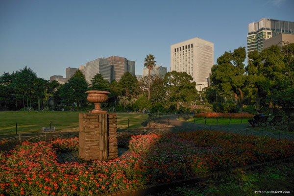 Blumengarten im Hibiya Park