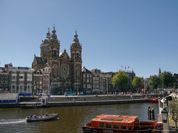 Bild: Sint Nikolaaskerk in Amsterdam